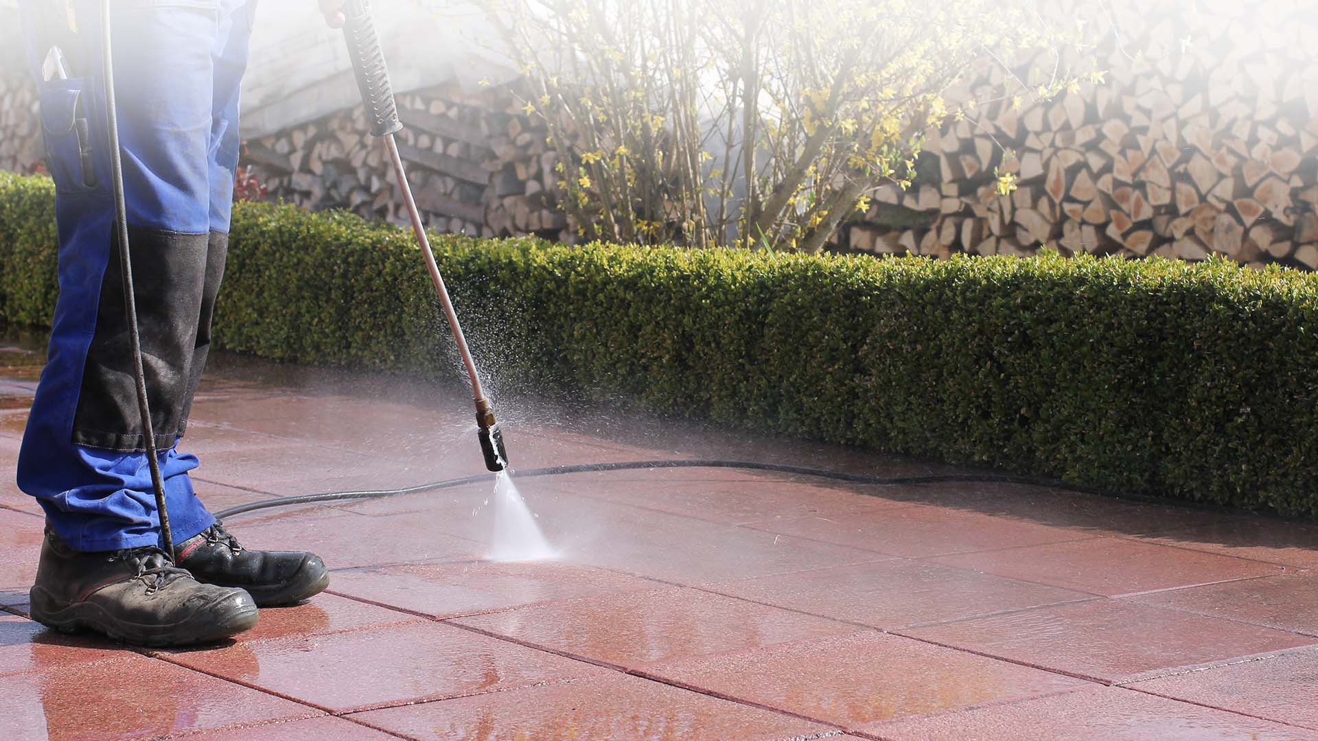 Jetcleaning for driveways, patios etc